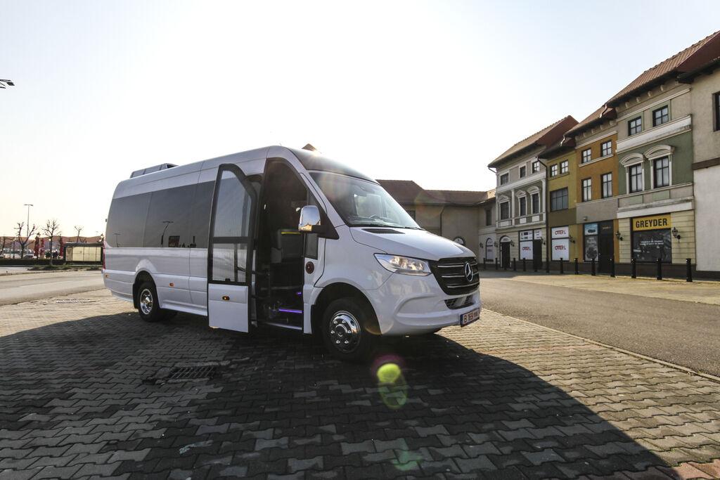 carrinha de passageiros MERCEDES-BENZ 516  *coc* 5500 kg novo