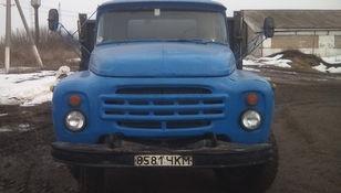 camião de caixa aberta ZIL 554