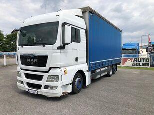 camião de toldo MAN TGX 24.440 flatbed