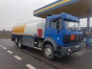 camião de transporte de combustivel MERCEDES-BENZ SK 2544 (V8 / 6X2 / MANUAL GEARBOX / 18.000 L / 3 COMPARMENTS)
