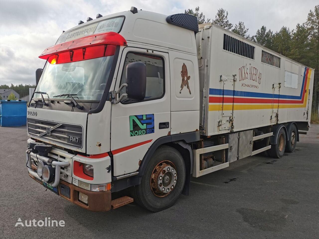 camião de transporte de gado VOLVO FM7