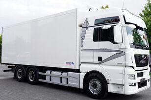 camião frigorífico MAN Man TGX 28.560 BL 6X2 Euro 6 / SCHMITZ REFRIGERATOR 18 PAL
