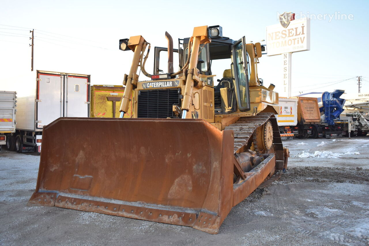 bulldozer CATERPILLAR D6T-XL