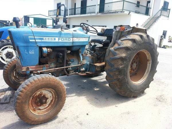trator de rodas FORD 4600