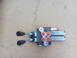 distribuidor hidráulico BOBCAT para mini-trator novo